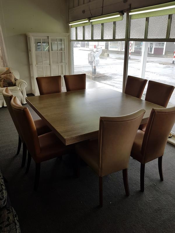 second hand wooden dining chairs