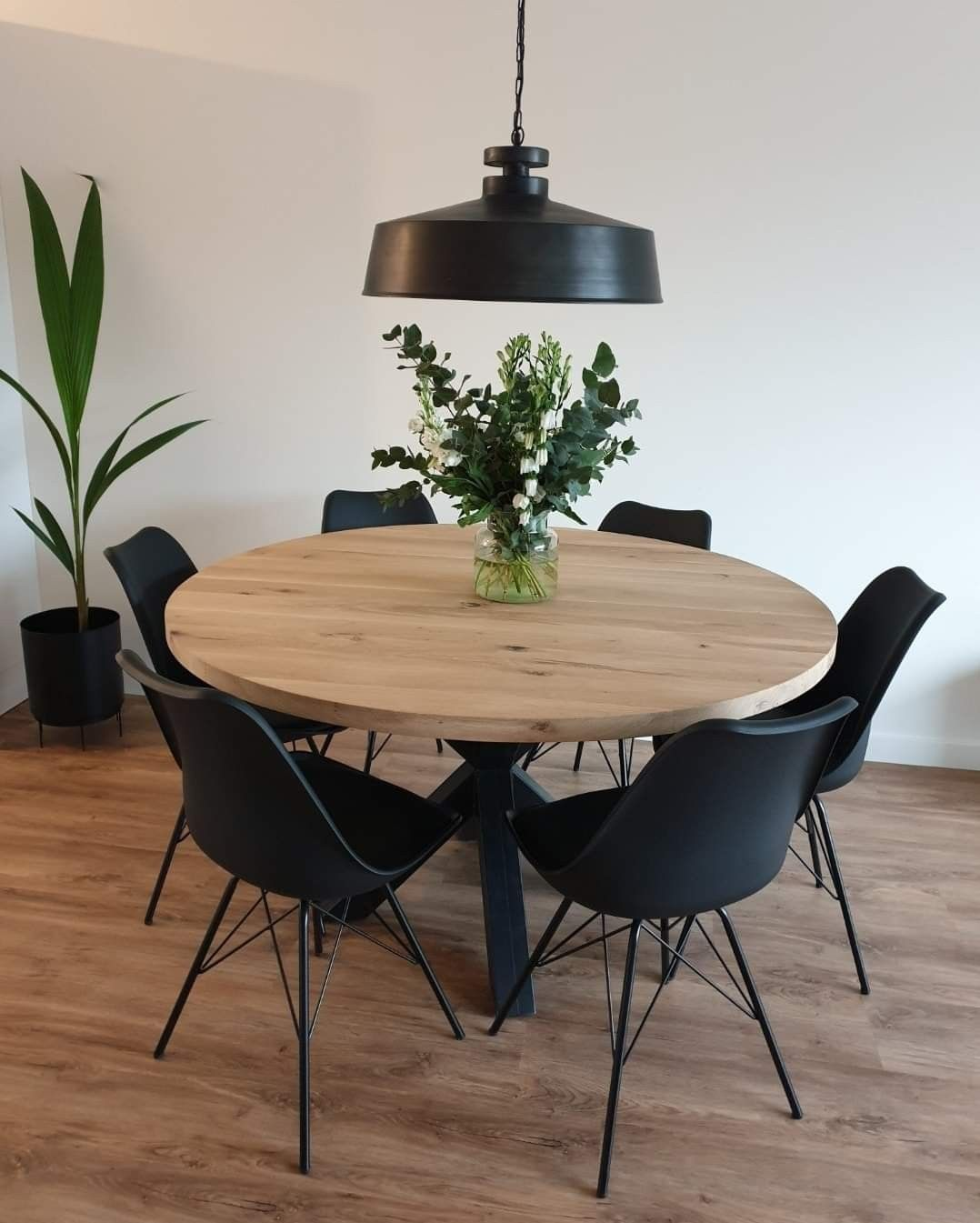round black dining table with leaf