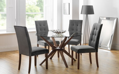 round glass dining tables and chairs for 4
