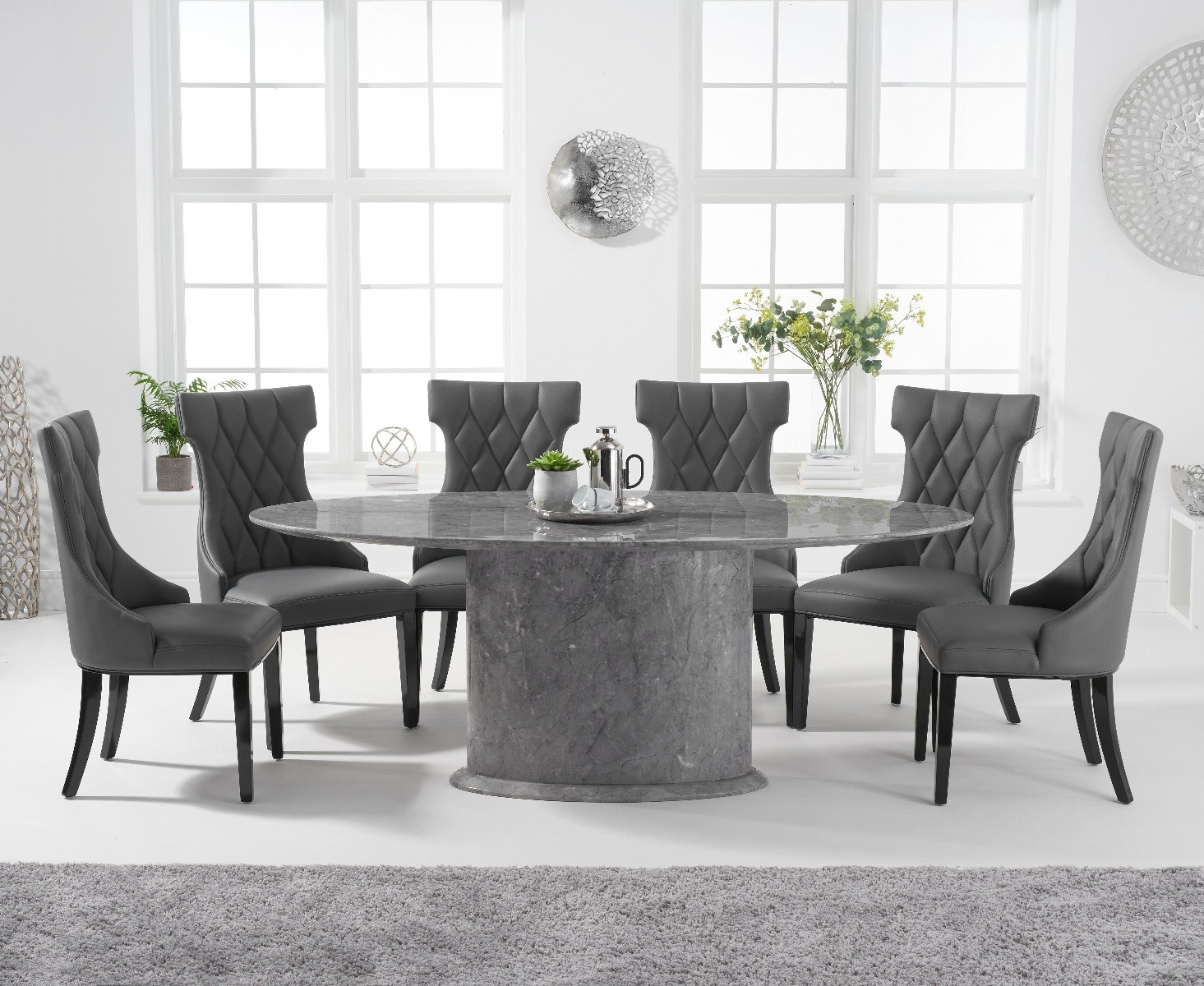 large oval dining table seats 10