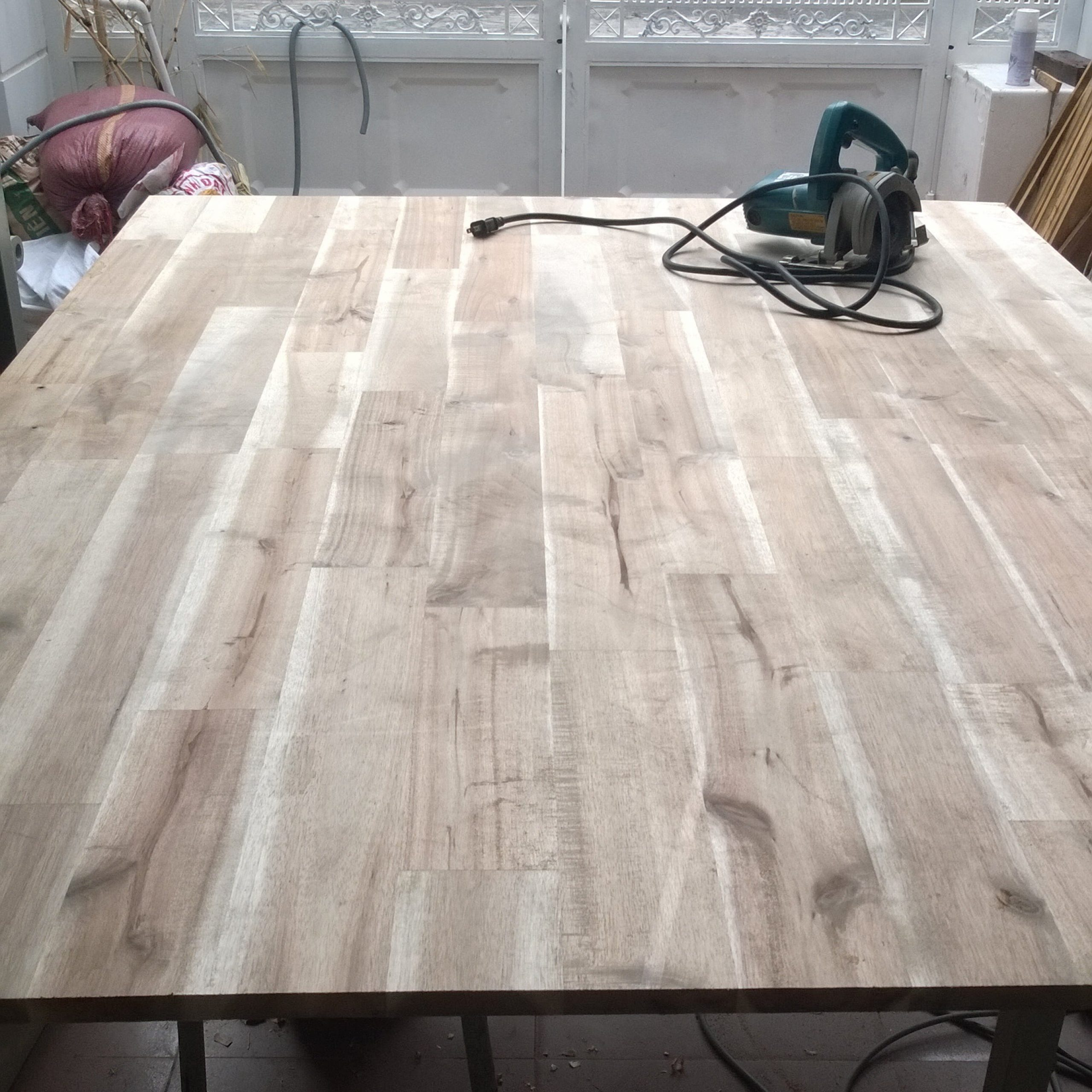 diy industrial style dining table