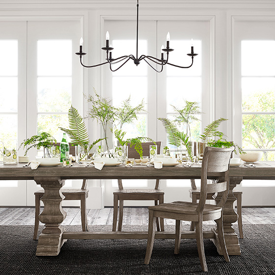light fixtures over dining room table
