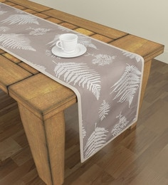 pictures of dining room tables with runners