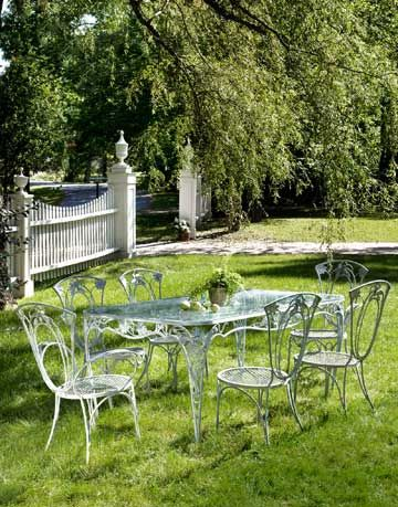 wrought iron dining room table and chairs