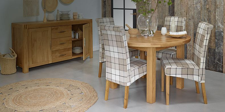 Round Dining Table And Chairs Round Dining Sets Oak Furnitureland