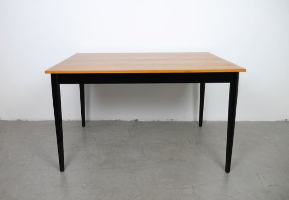 pictures of dining tables and chairs