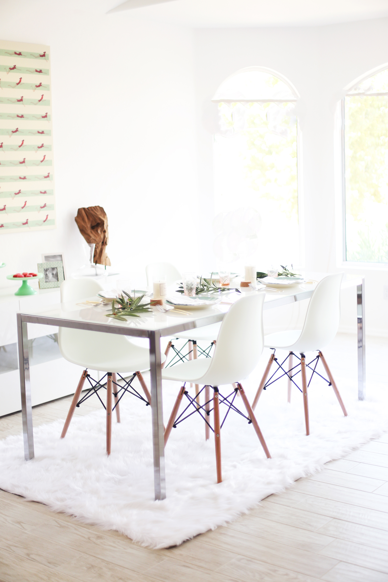 murphy dining room table
