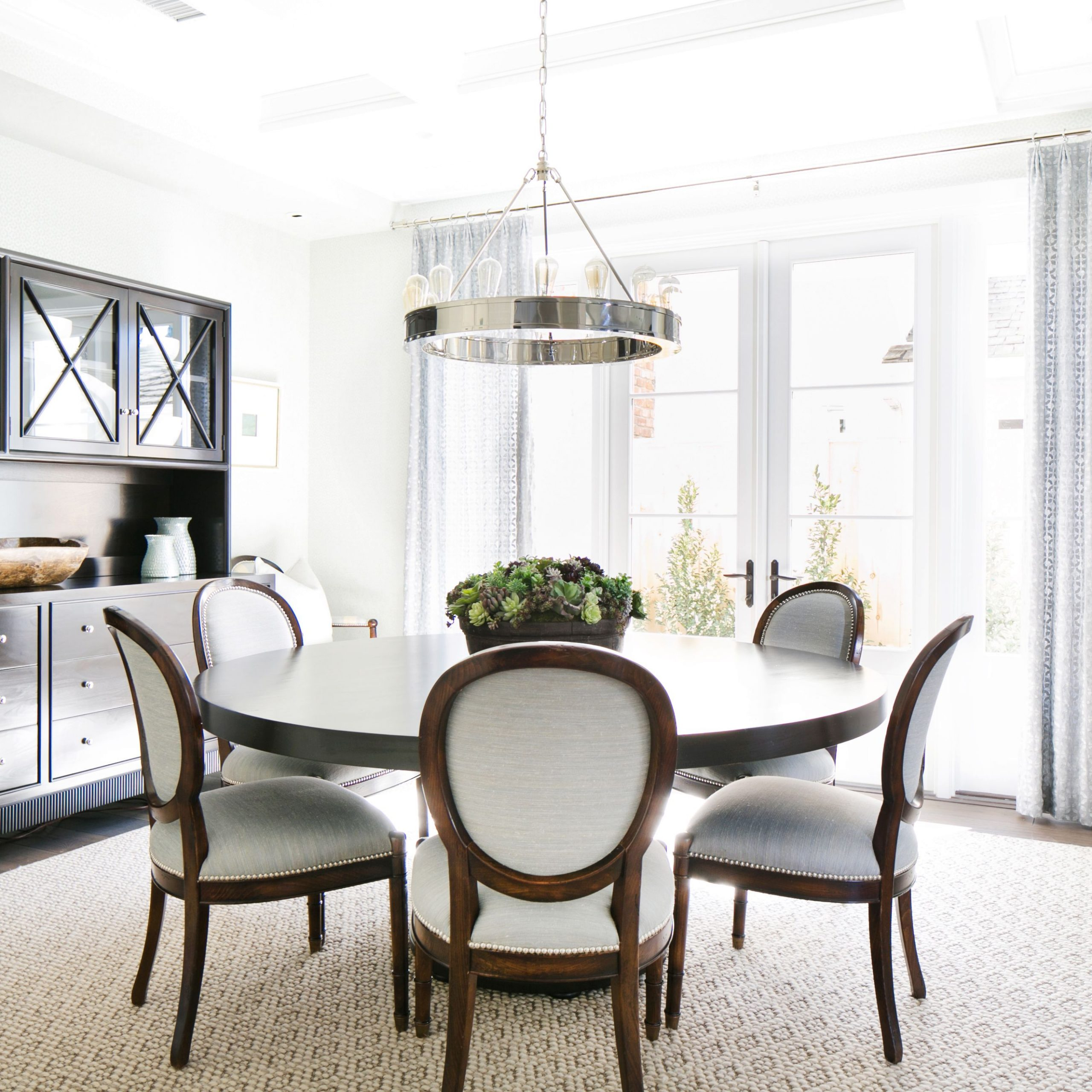 affordable round dining table