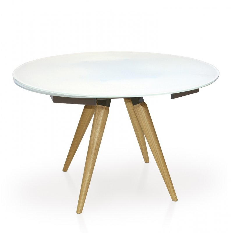 round extended dining table