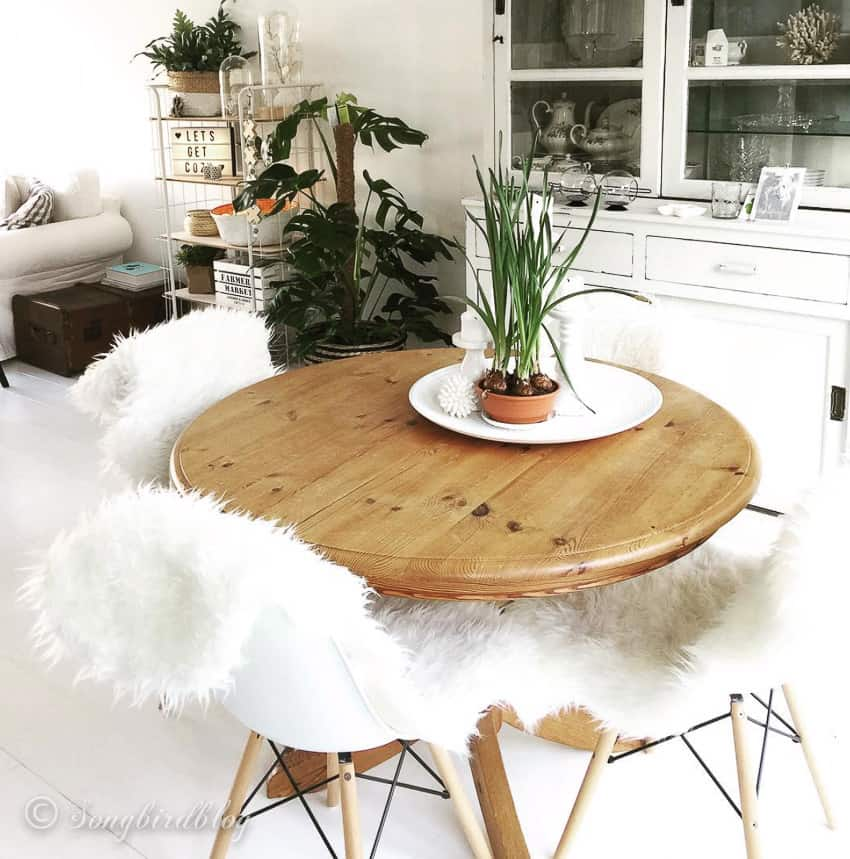 round pine dining tables