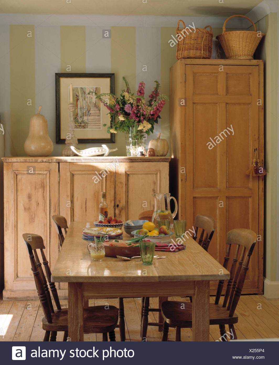dining room table chairs and sideboard