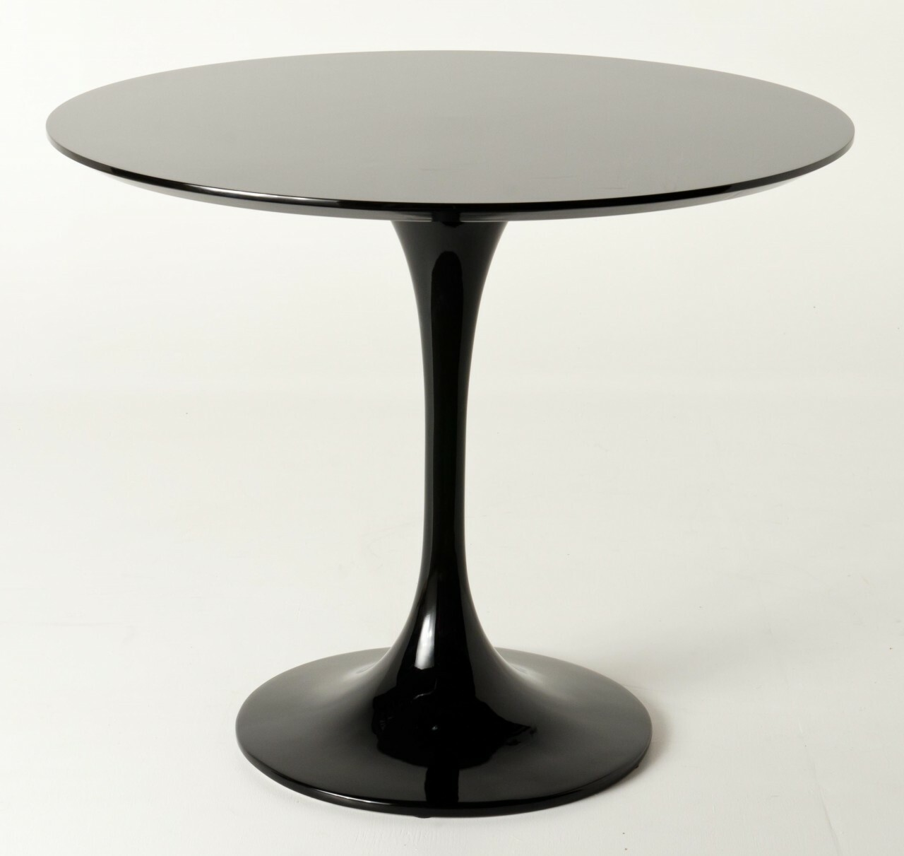 saarinen dining table reproduction