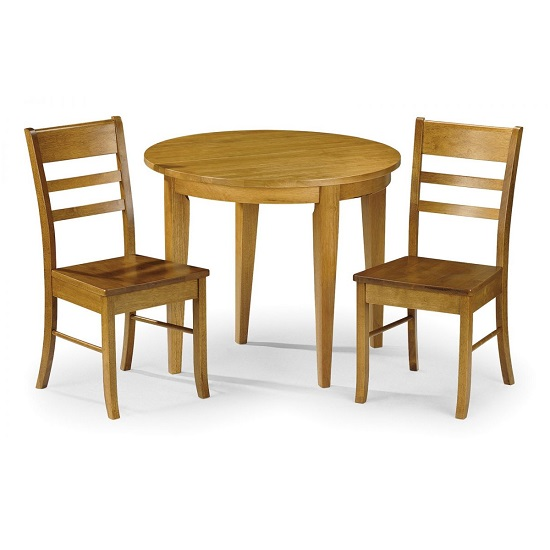 round pine dining table and chairs