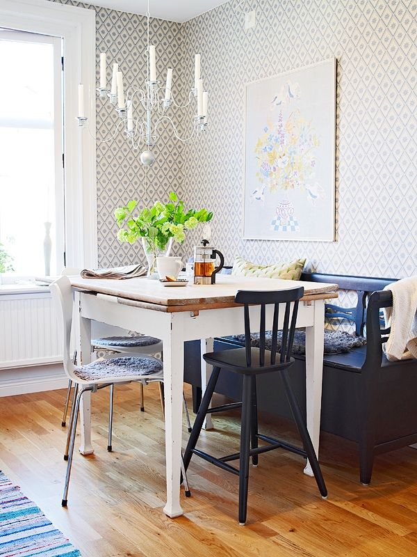 dining table options for small spaces