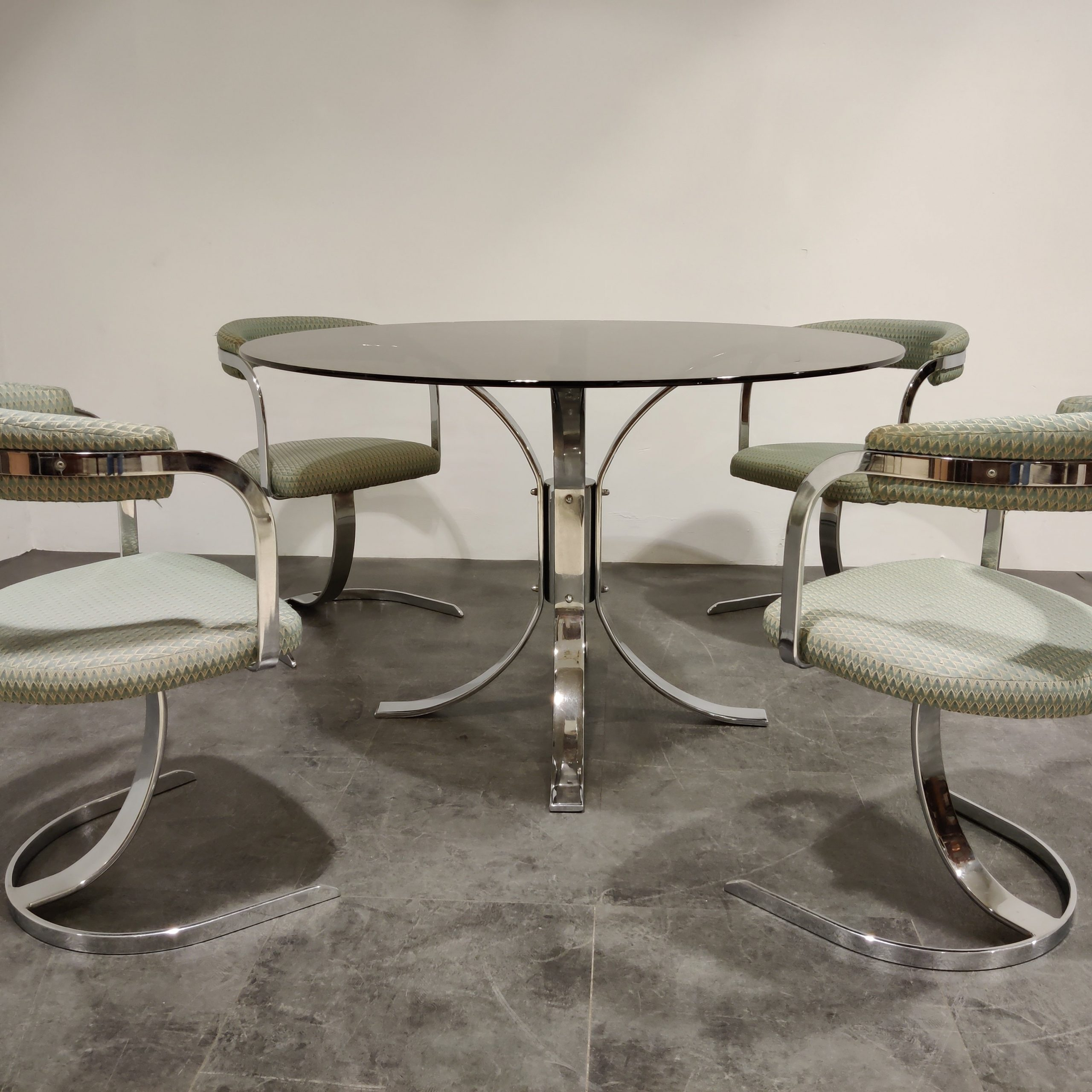 chrome dining table and chairs