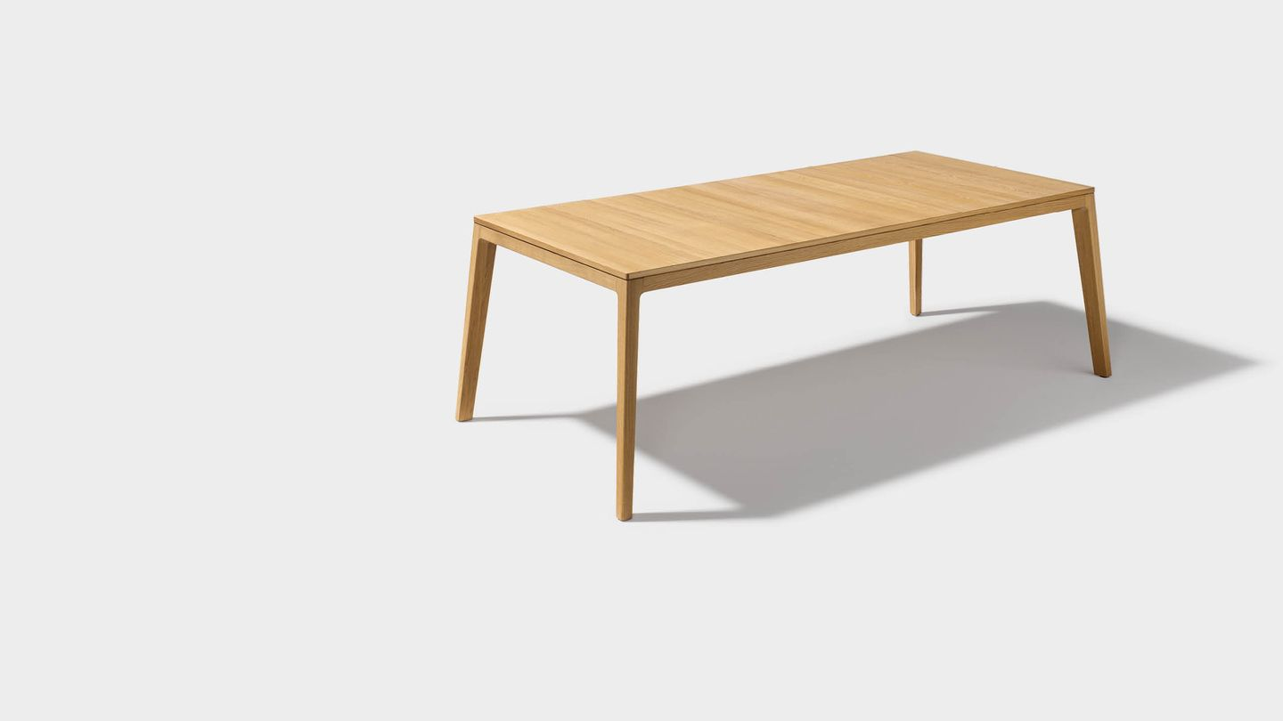 pictures of dining tables