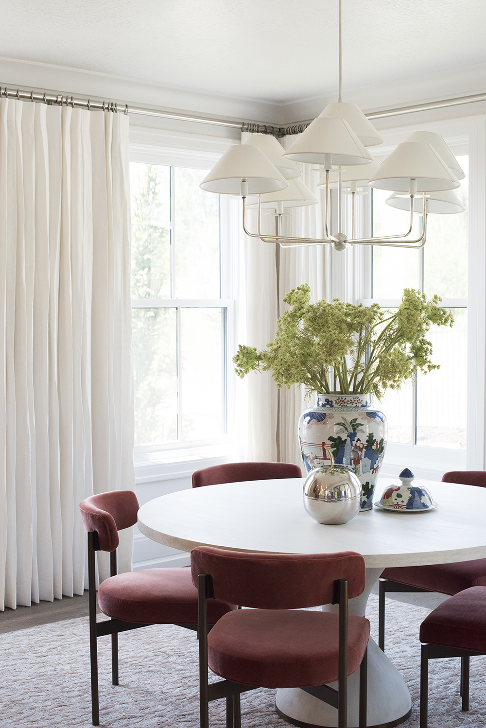 gorgeous dining room chairs