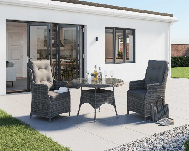 outside dining table and chairs